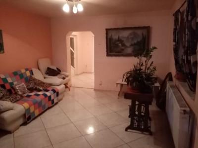 Casa 4 Camere - Medgidia - Zona Platou - Curte