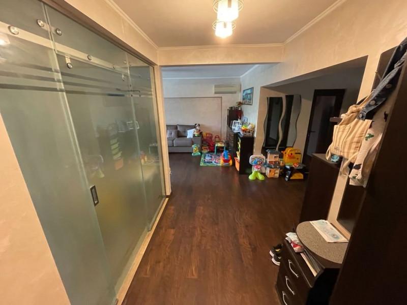 Apartament 3 Camere - Zona I.C.Bratianu - Etaj 1 - Gaze