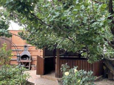 Casa P+M - Zona Coiciu - Gaze - Curte